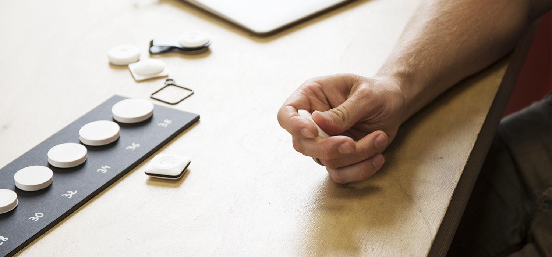 unistudio-signée-lobbyboyunistudio-signée-lobbyboy_bouton-connecté_maison_design_ergonomie